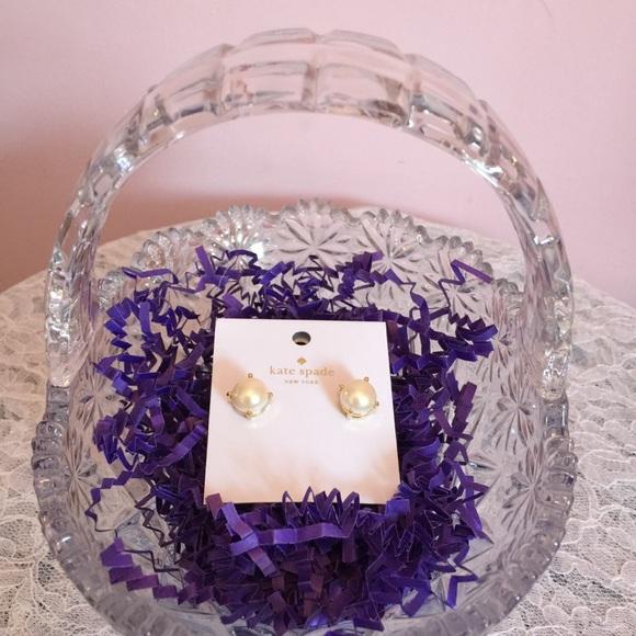 kate spade Jewelry - New Item! NWT Kate Spade Pearl Earrings